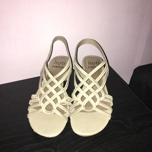 IMPO Stretch Tan Shoes